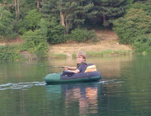 Jonas im Belly Boat